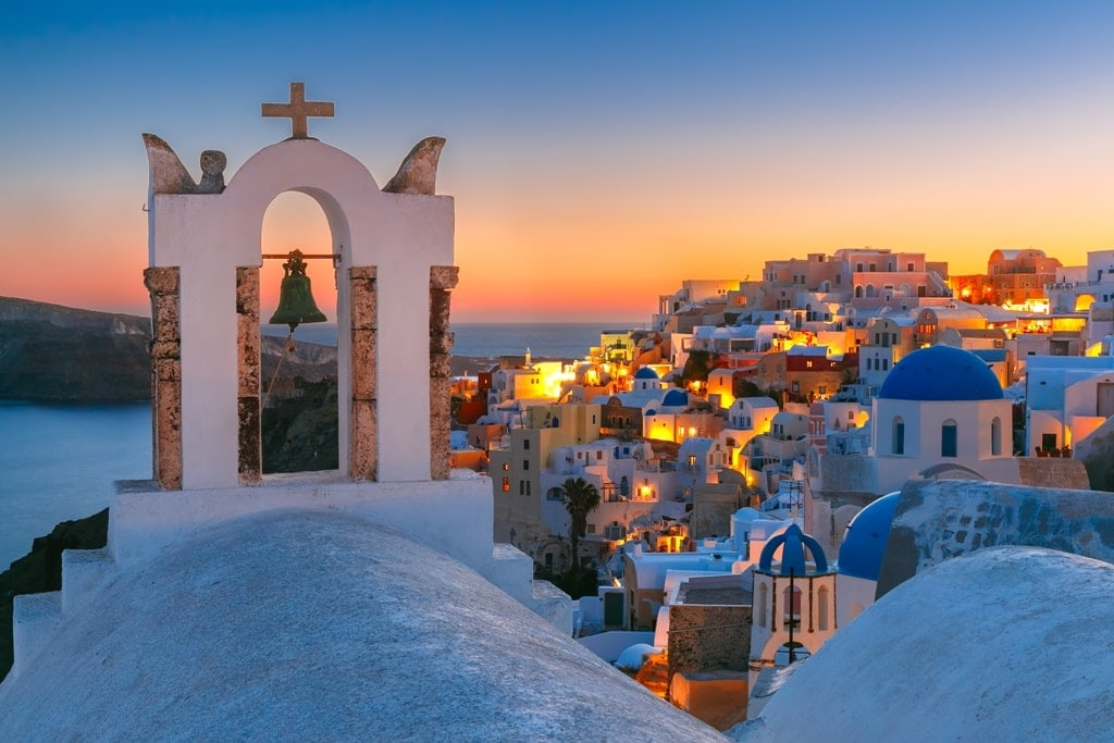 Santorini - Best places to visit in greece