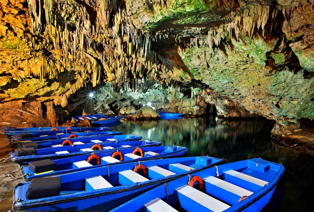 Diros Caves - Beautiful Caves of Greece