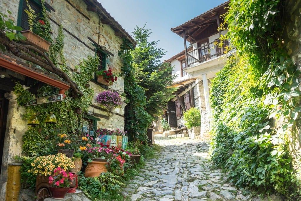 Paleos Panteleimonas - best Greek Villages