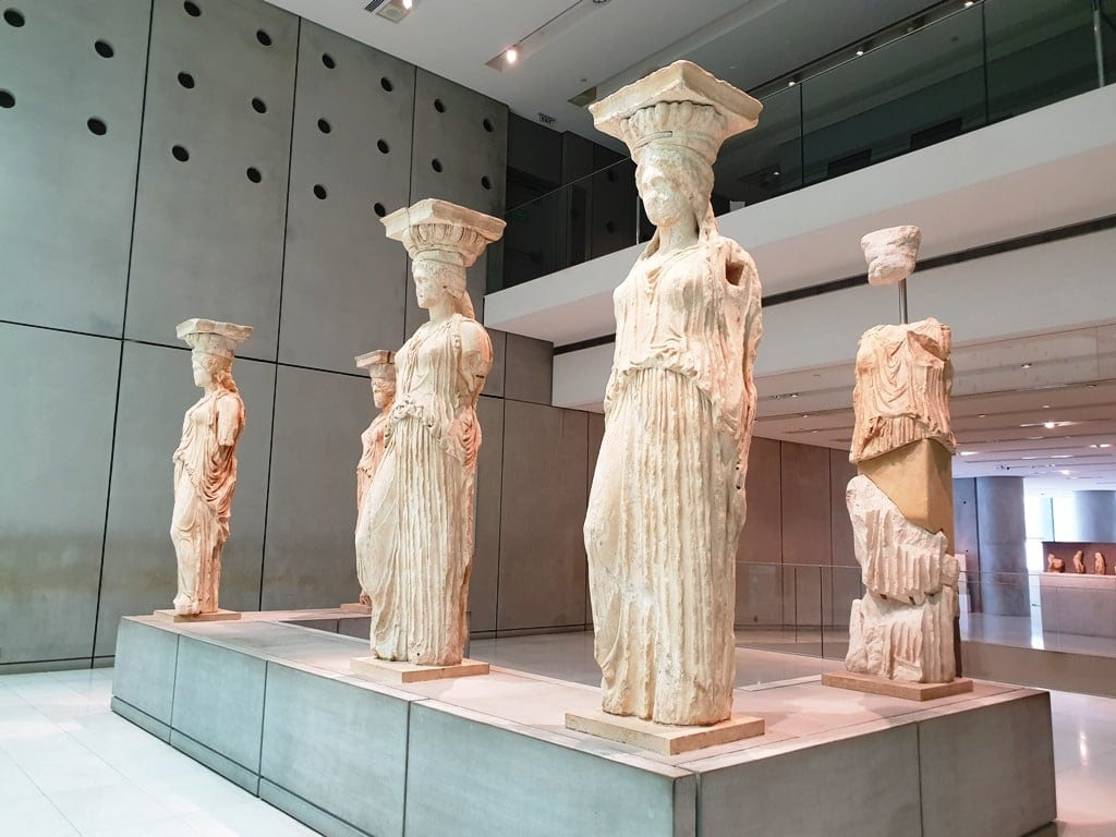 Caryatids - Famous Greek sculptures