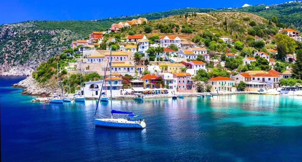 Assos, Kefalonia - Greek islands to visit