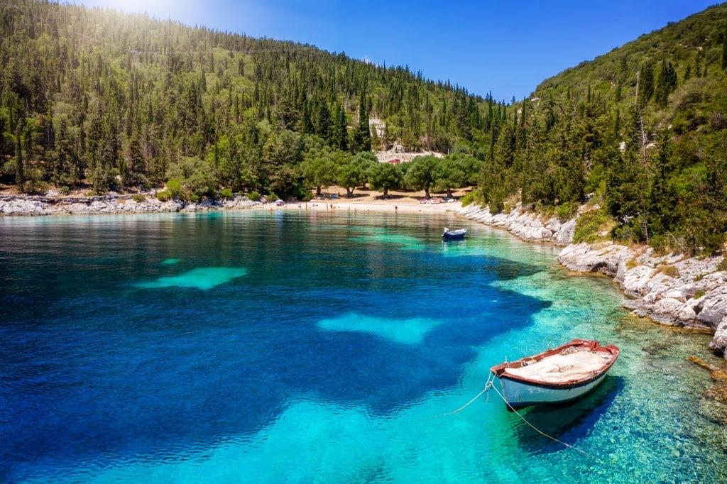 Foki Beach in Kefalonia is great for snoreling - snorkeling in Greece