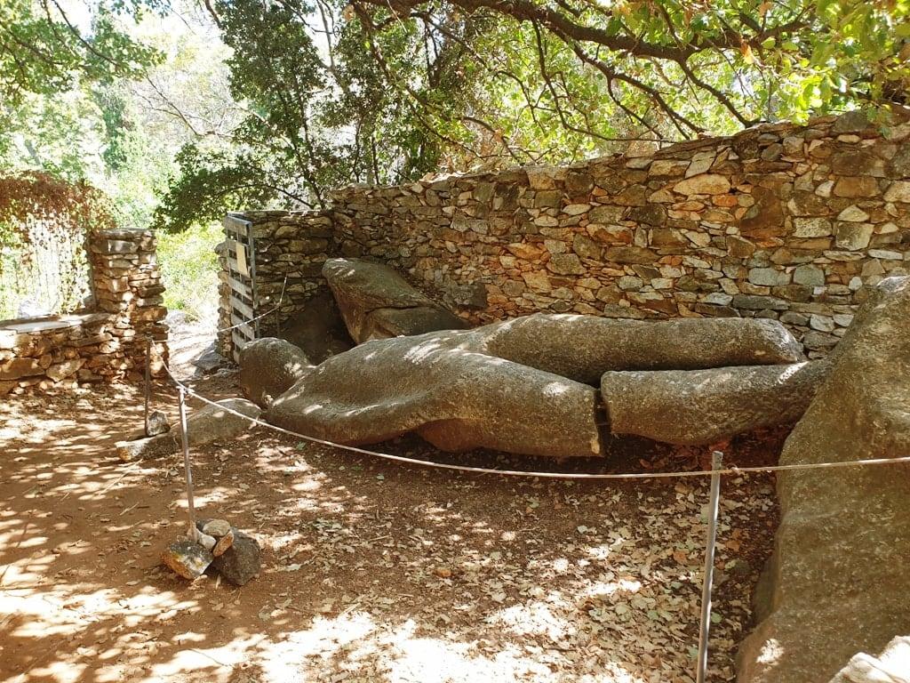 Kouros of Melanes - Things to do in Naxos