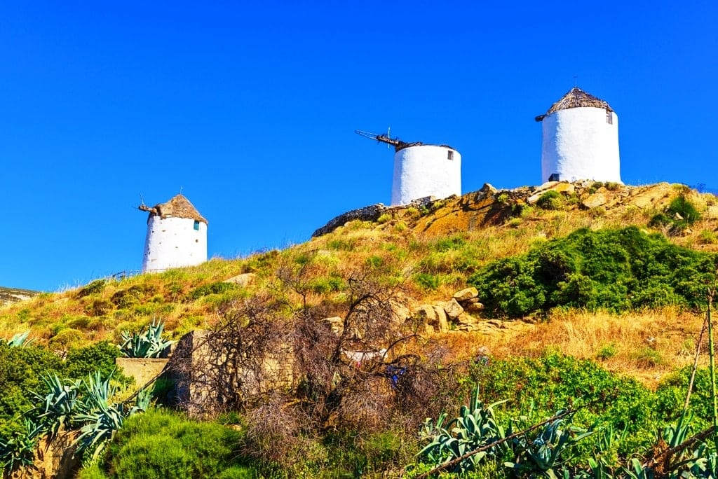 Windmills in Vivlos - what to do in Naxos
