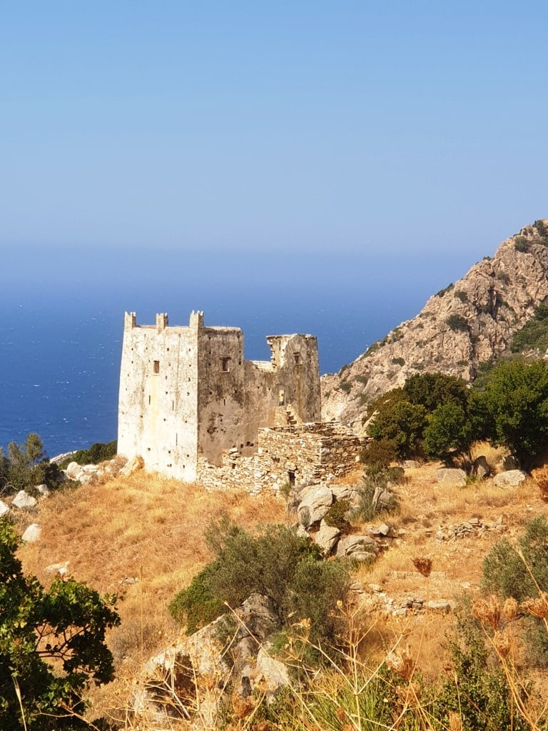 Tower of Ayia - what to see in Naxos