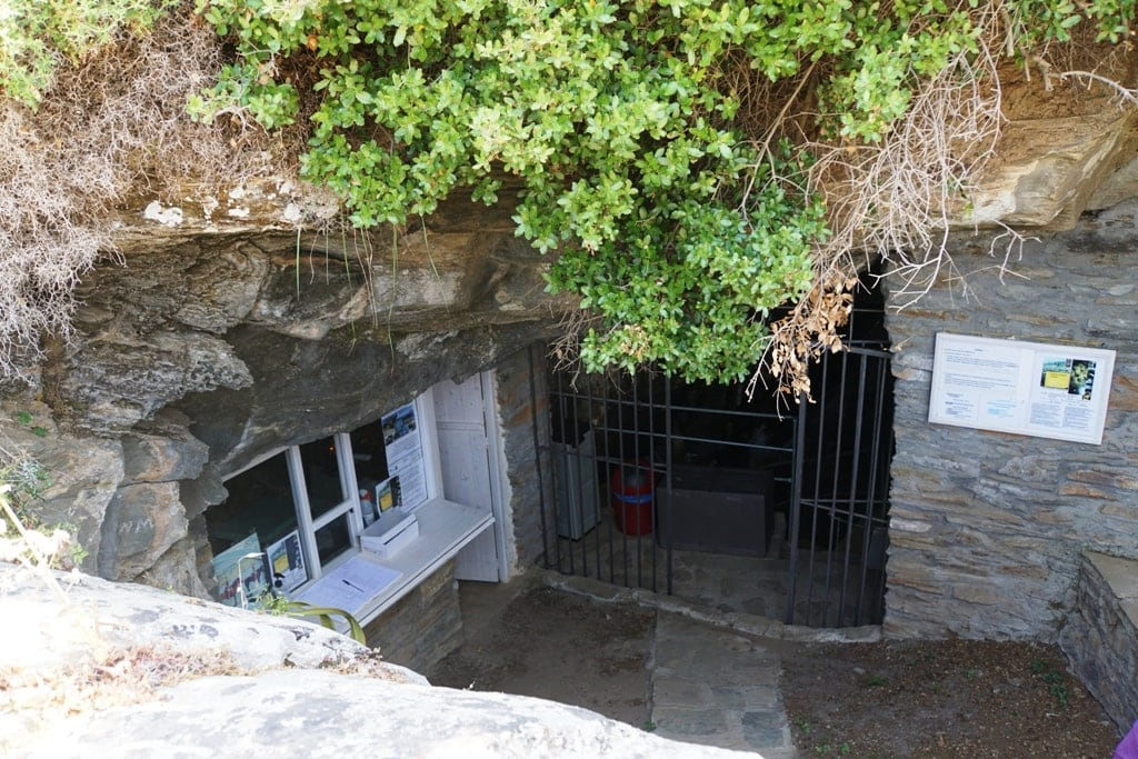 Foros Cave Andros