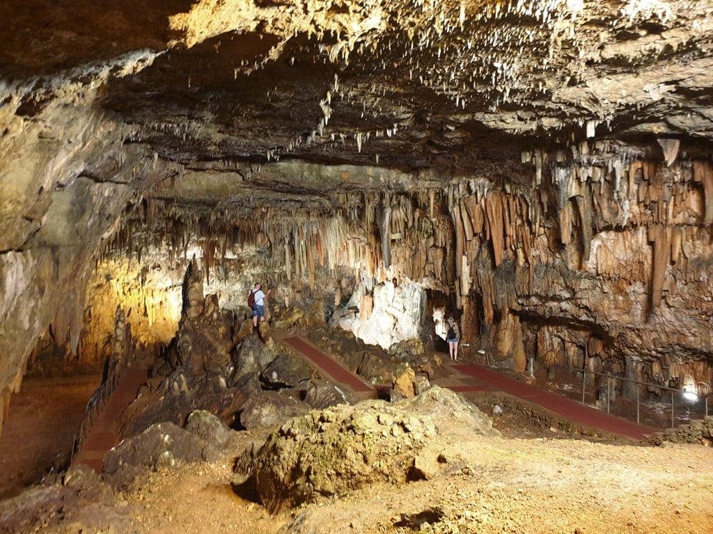 Drogarati Cave - Famous caves in Kefalonia
